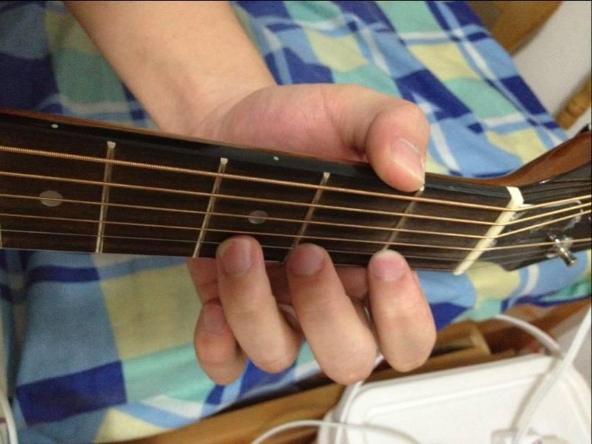 """你有吉他""""练习浪费""""吗"""