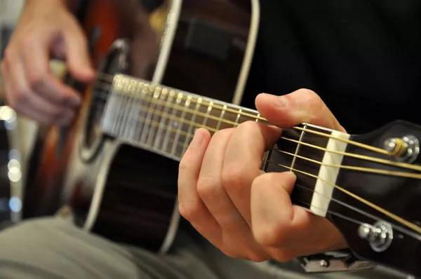 音阶、琶音与和弦指法了解后原来是这么回事! _吉他达人网