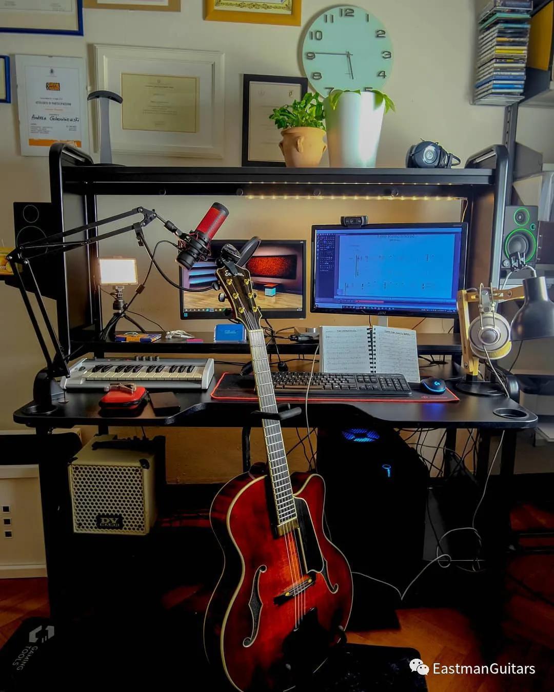 弹奏和弦时,练习运用空出来的手指加音符创造旋律_吉他达人网